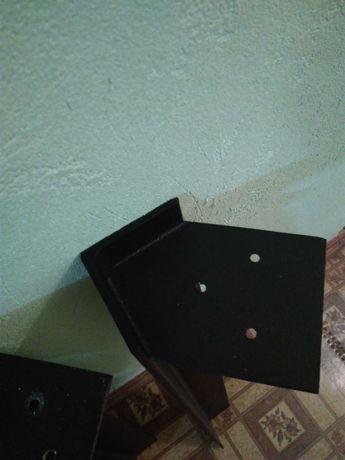 Металлический уголок (ножки для стола)