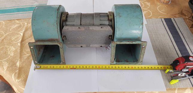 Продам электродвигатель с улитками ТИП АВ-052-2МУ3