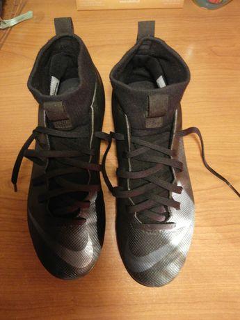 Chuteiras de futebol Nike Mercurial (como novas)