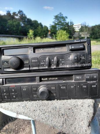 Dwa radia Audi Mercedes sprzedam całość radio auto
