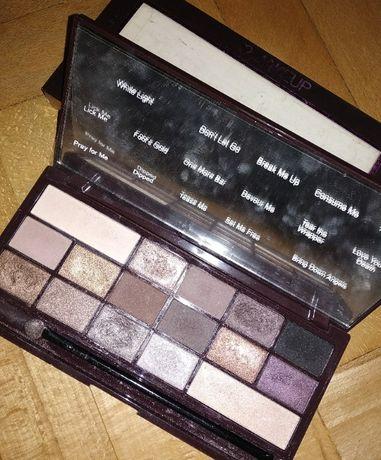Paletka cieni make up revolution chocolate makijaż Rm1000