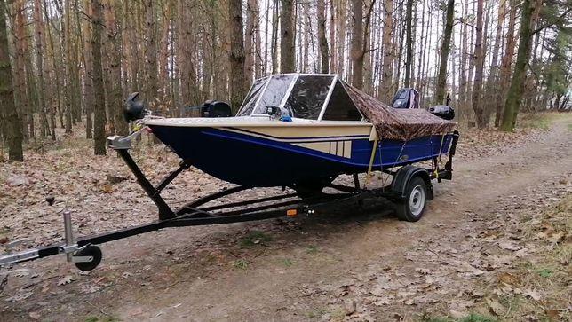 Лодка Днепр, Evinrude 40