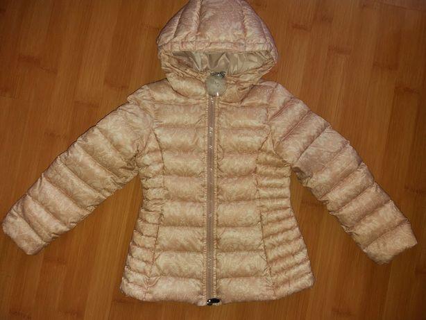 Пухова осіння курточка на 4-5роки від фірми OVS