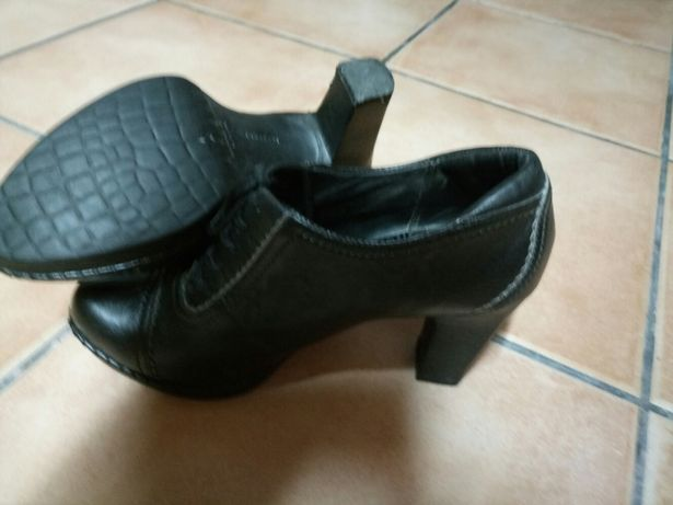 Sapato abotinado rockport