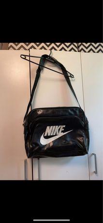 Torba na ramie Nike