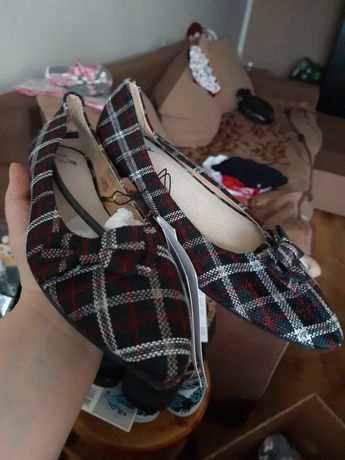Nowe buty damskie 39