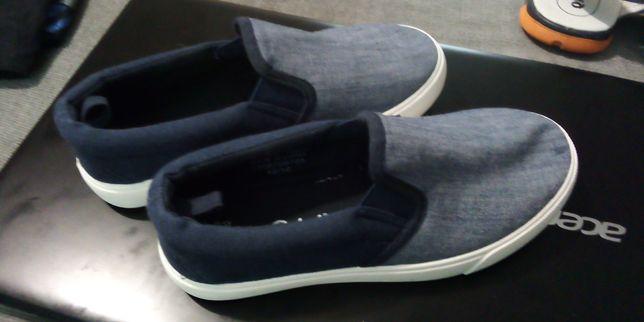 Sapatos menino t32