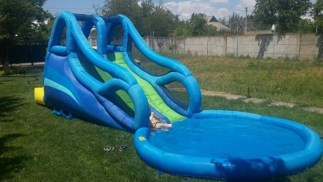детский батут с басейном