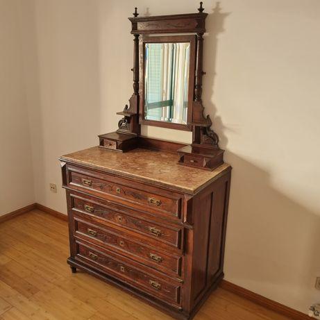 Mobília quarto cama comoda mesinha guarda vestidos