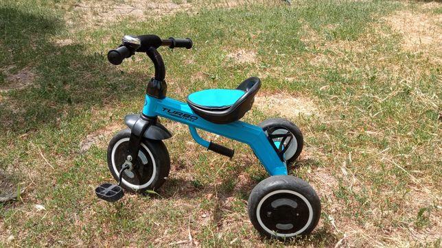 б/у Продам трехколесный детский велосипед (2-4 года)