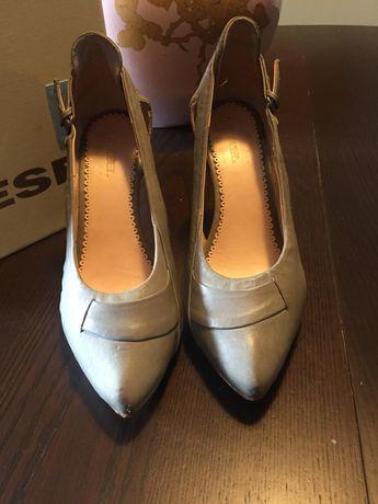 Sapatos cinza Diesel 36