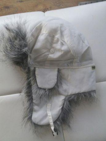 Pilotka czapka biała z szarym futerkiem