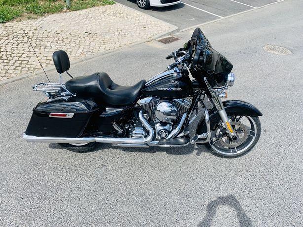 Harley Street Glide Special Troco retoma Sportster, Softail ou Dyna