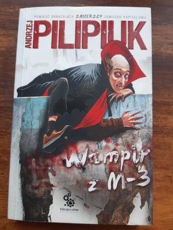 """Pilipiuk Andrzej. """"Wampir z M-3"""" Nowa"""