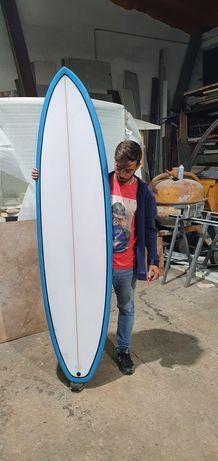 Prancha de surf nova 6.8 oferta de deck novo