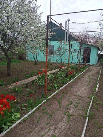 дом с. Азовское (Луначарское)