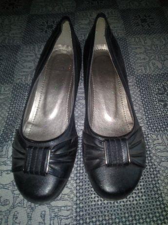 Обувь даром розмер 38