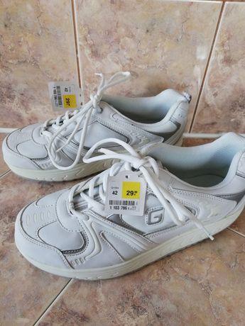 Nowe buty damskie r. 42 - 50zł - wkładka 27cm