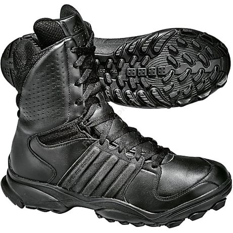 Botas Adidas tipo militar