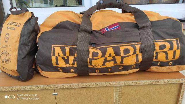 2x Torba: podróżna, sportowa Napapijri Emfrid jak nowa 71 + mała torba