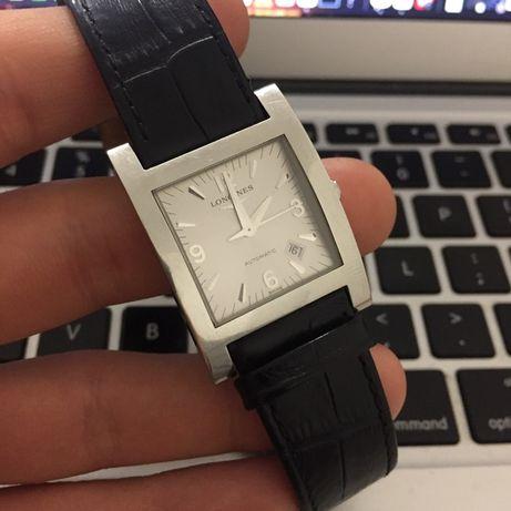 часы Longines DOLCE VITA (L5.667.4) механика, Швейцария