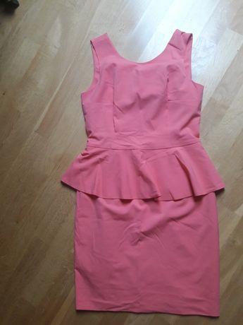 Ołówkowa sukienka Mohito 40