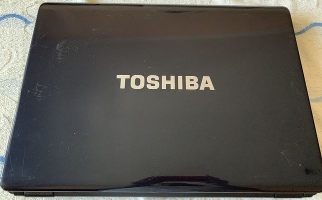 Ноутбук Toshiba на разборку