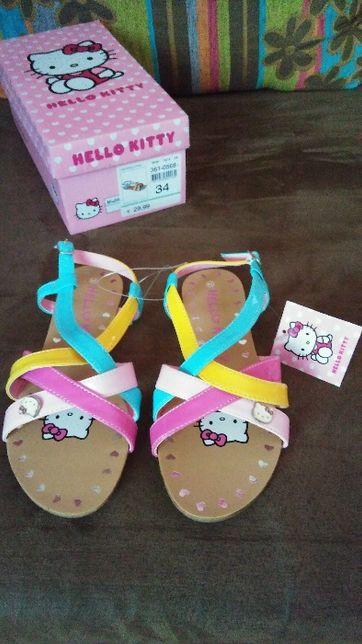 Buciki rozm.34 sandałki Hello Kitty  wkładka 22,5cm