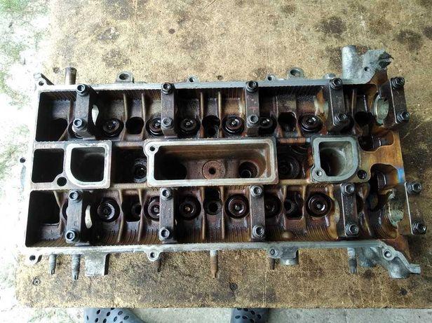 Głowica silnika FORD MONDEO MK3 1.8 2.0 benzyna