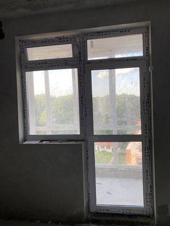 Металопластикове балконне вікно, праве відкривання