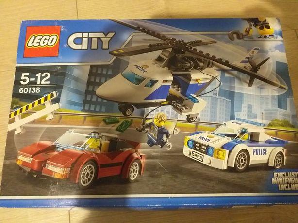 Klocki Lego City 60138 samolot policja samochody