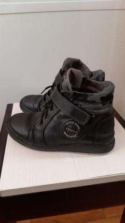 Зимове взуття для хлопчика-36р.