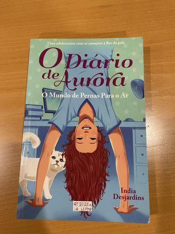 """Livro """" O diário de Aurora"""" de India Desjardins"""