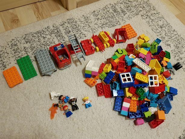 Lego duplo 190 klocków + figurki