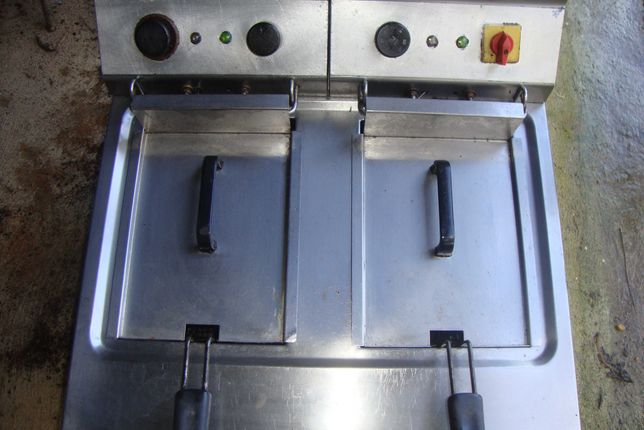 Fritadeira  Elétrica de 2 Cubas