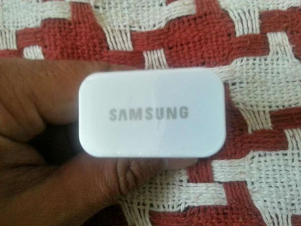 Carregador Samsung Galaxy S S2 S3 S4 S5 Duos novo