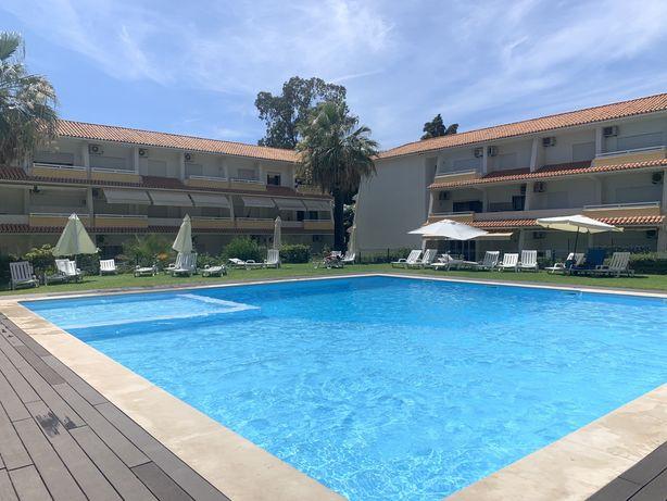 T2 Vilamoura condomínio privado férias Algarve Junho e Setembro Livre