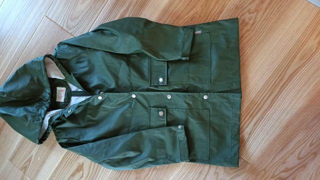 Sprzedam  zielony płaszcz przeciwdeszczowy Zara 140