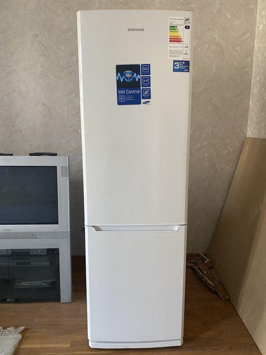 Холодильник Samsung Борщи - изображение 1