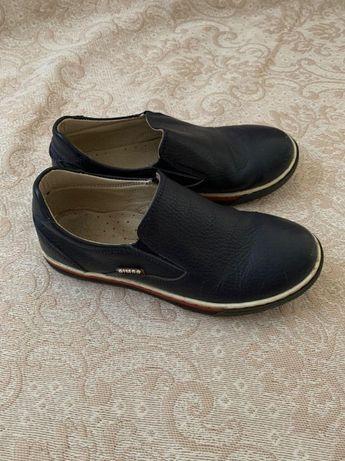 Повністю шкіряне взуття на хлопчика, 32 розмір