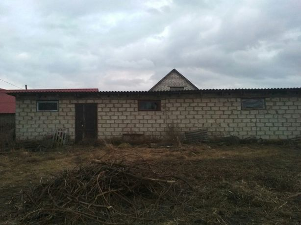 Продам земельну ділянку з приміщенням