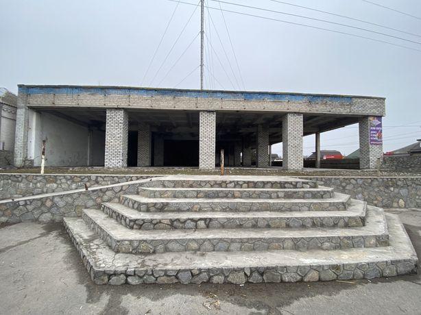 Продам помещение универмага в Онуфриевском районе, пгт. Павлыш
