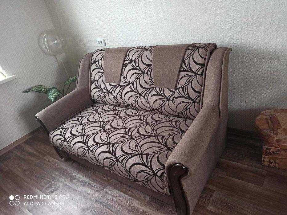 продам диван в пользовании был год Павлоград - изображение 1