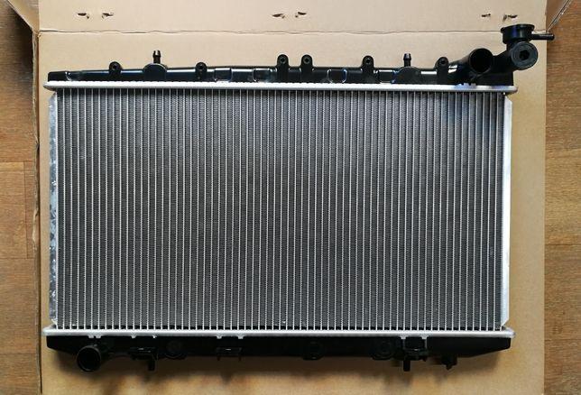 Радиатор Nissan Primera P10 90--96, радитор примьера