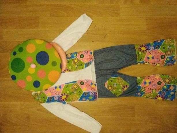 Клоун костюм на 3-4 года. Рост 90-104 см.Можно и девочке и мальчику.