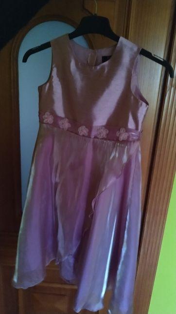 Sprzedam sukienkę na 7-8lat