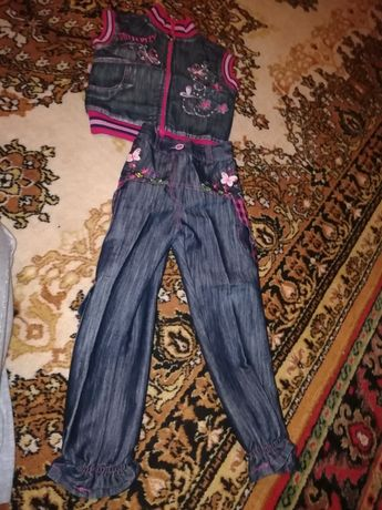 Продам костюм джинсовый
