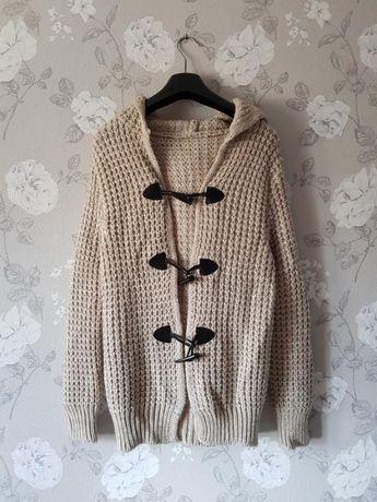 Очень теплый вязаный кардиган,свитер с капюшоном на пуговках,кардиган