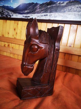 Rzeźba drewniana koń głowa konia