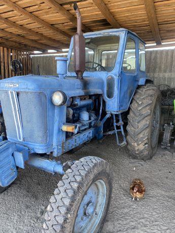 Продам трактор ЮМЗ з плугом і косаркою